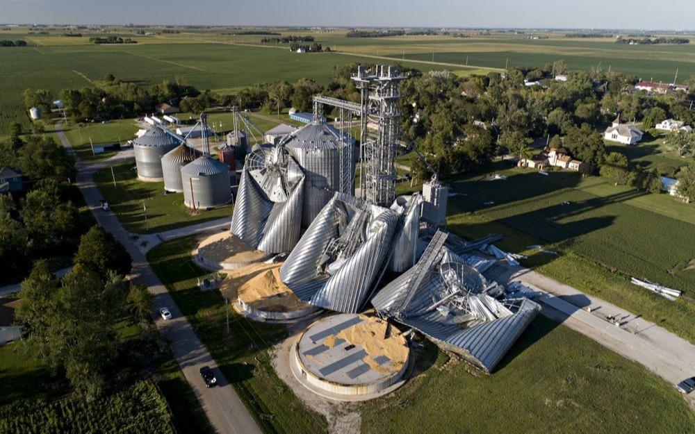 Silos destruídos em Iowa - Foto: Getty Images