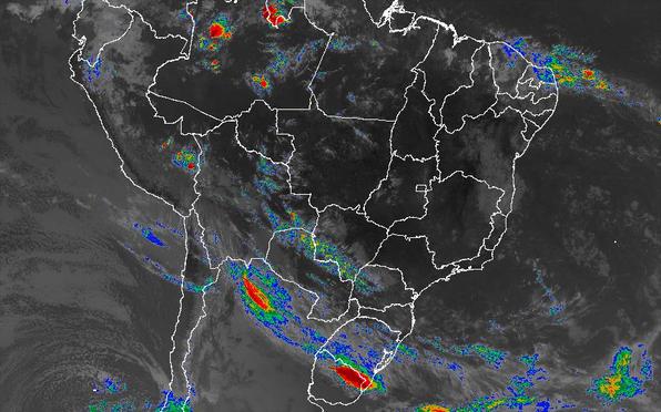 Imagem de satélite nesta sexta-feira (14) em todo o Brasil - Fonte: Inmet