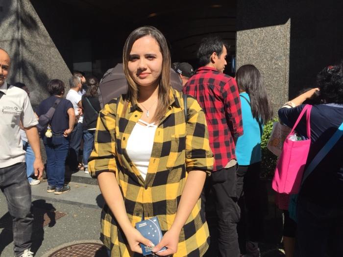 Cleiyane Naomi Kasamatsu Telles, de 20 anos, também veio de Fuji com os pais para a eleição